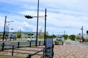 樽井駅近くの交差点