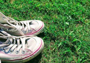 靴を脱いでアーシング