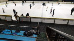 大阪府立臨海スポーツセンターのスケート観覧席