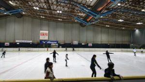 大阪府立臨海スポーツセンターのスケート場